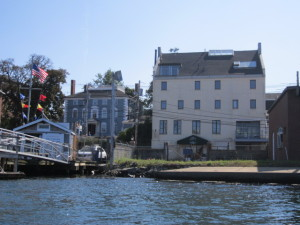 Here what the antique building really looks like viewed from the water now.
